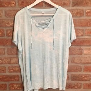 Macy's Ideology lace up tee shirt EUC